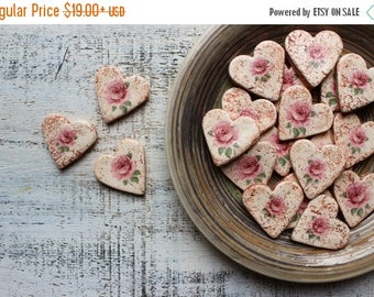 CHRISMAS IN JULY 20-26.07 Roses wedding favors heart magnets cottage chic guest favors shabby chic bridal shower summer spring garden boho w