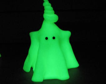 Handmade Glow in the Dark Ghost, Miniature Ghost Figurine, Fantasy Doll, Ghost Sculpture, Halloween Decor, Clay Ghost, Ghost Ornament