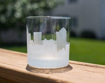 Greensboro, North Carolina Skyline Silhouette Outline Whiskey Rocks Glasses