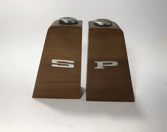 Wooden Mid Century Retro Salt and Pepper Shakers Metal Tops, Rubber Stoppers