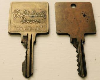 Holiday Inn Worlds InnKeeper Vintage Keys