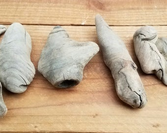 6 Piece Knotty Driftwood Set