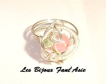 Ring wire wrapped in copper wire and glass beads pink flowered and green Swarovski Crystal