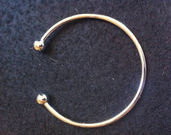 5 rigid silver metal BANGLES BRACELETS has DEVISABLE ball