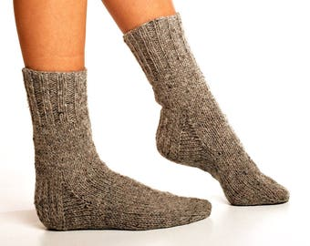 WOOL SOCKS. Men socks. Hand knitted socks. Natural grey wool socks. Minimal socks. Great gift. Warm socks. Winter socks.