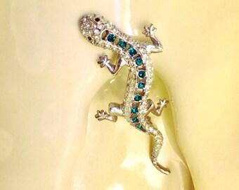 Vintage Dazzling Rhinestone Gecko Brooch