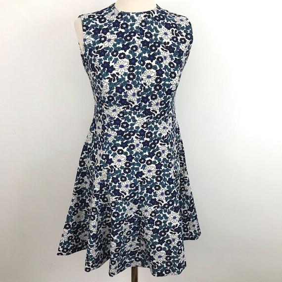 Flippy 1960s flower power dress UK 10