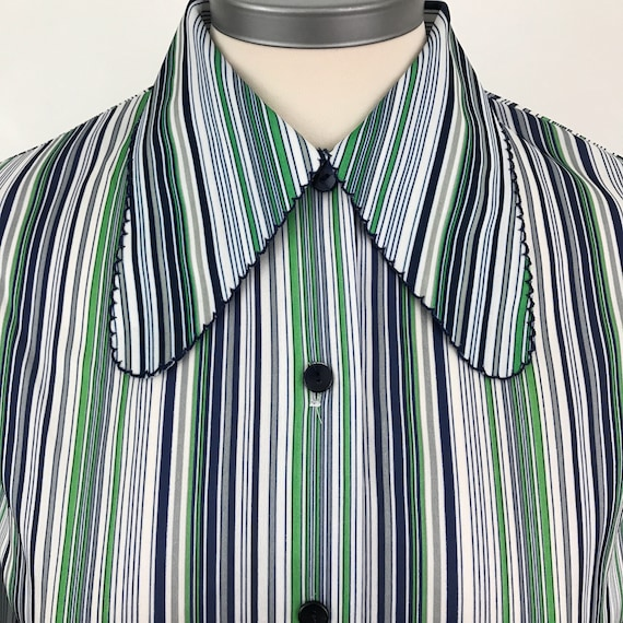 Vintage blouse striped shirt 1970s top cotton UK 10 12 Mod GoGo Scooter Girl green blue stripey blouse fitted scalloped pennyround collar
