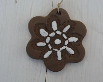 Oil diffuser essential #5 glazed ceramic flower