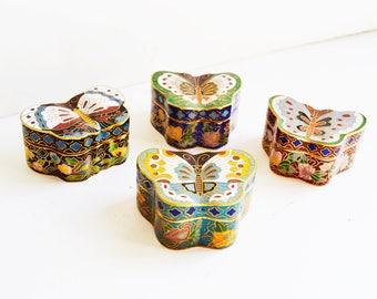 four vintage collectible butterflies cloisonne type boxes. China S.XX. Butterfly shape.