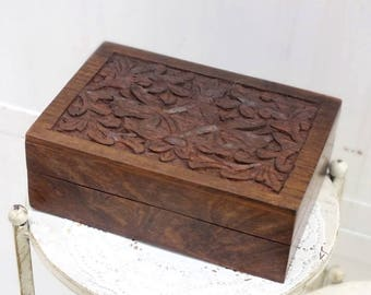 box, brown, carved