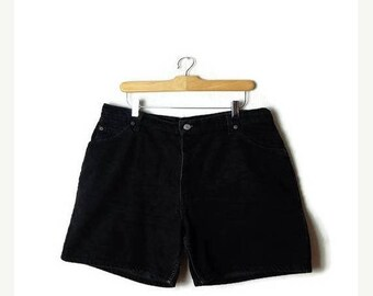 ON SALE Vintage Levi's  Black  Denim Shorts from 90's/W34*