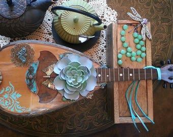 Restlyed tater-bug mandoline