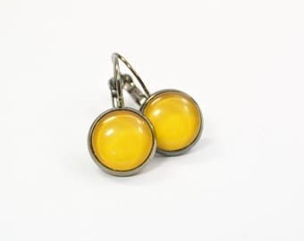 Earrings yellow