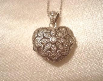 """Lovely Vintage Perfume Diffuser Necklace Heart Locket With Swarovski Crystals Sterling Silver 18"""" Fine Chain"""