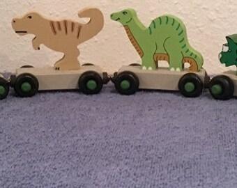 7 Dinosaur Train