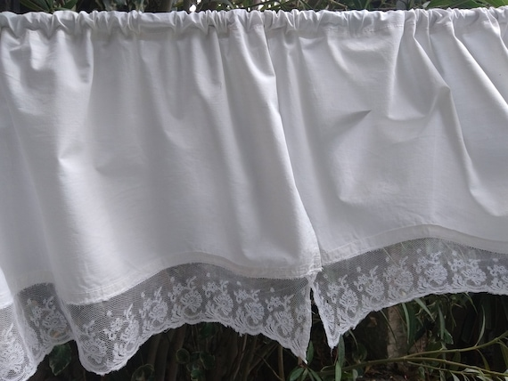 Pair of Victorian Valances White Cotton Curtains Lace Trimmed Antique French Panels Kitchen Curtains #sophieladydeparis