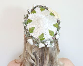 Vintage 1950s Hat / Cream Raffia / Flowers and Leaves / Valerie Modes