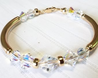 Brillant Crystal and Gold Bangle