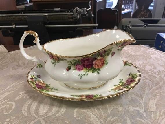 Royal Albert teapot never used