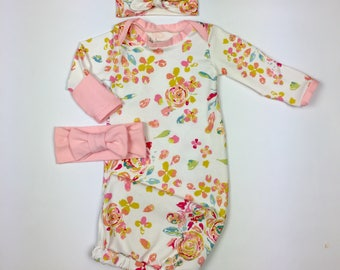 Newborn girl coming home gown, baby girl take home outfit, girl layette gown in Flora, newborn girl clothes, sleepsack, sleeper
