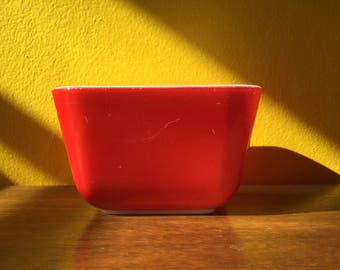 Vintage Pyrex Primary Red 501