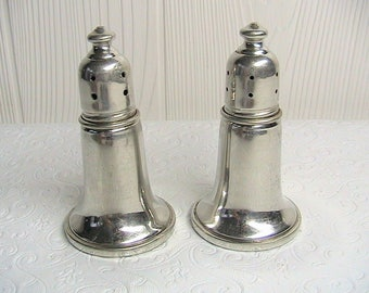Reed and Barton, Reed Barton Pewter Salt and Pepper Shakers, Pewter Over Glass Set #P63