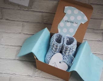 gender reveal gift box/pregnancy announcement booties/grandparents gift/baby shower gift/gender reveal booties/gender neutral gift