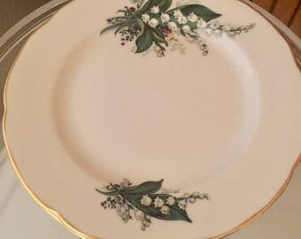 Set of 4 vintage Royal Grafton bone china bread and butter plates
