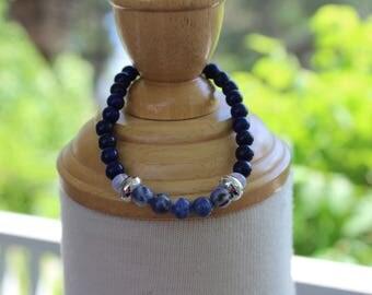 Elastic bracelet for women 'precious blue '.