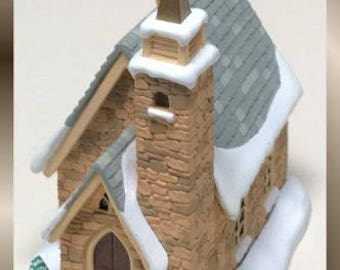 Hallmark Keepsake Ornament - Colonial Church - 1998