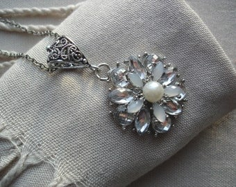 Dazzling Floral Pendant, Dazzling Silver, Deco Elegance, Statement Necklace, Runway Style, Wedding Style, Sparkly Silver, Brilliant Style