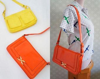 Vibrant orange Vintage handbag. 70s Mod style handbag.