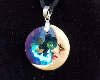 Crystal moon pendant