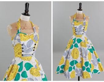 Vintage original 1950s 50s overblown floral print cotton dress w full skirt UK 8 US 4 XS S