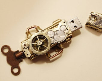 Steampunk 32 Gb USB Flash drive
