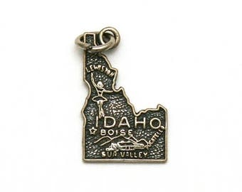 ON SALE Idaho State Bracelet Charm Vintage Sterling Silver Map