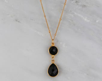 Black Onyx Necklace, Black Onyx Teardrop Necklace, Satellite Chain Necklace, Bridesmaid Necklace, Gold Necklace, Gemstone Necklace, Mom Gift