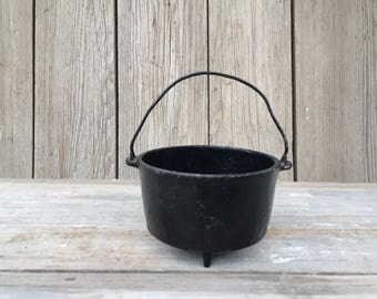 vintage wagner cast iron toy kettle
