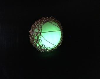 Glowing pendant, glowing jewelry, glow jewelry, sphere pendant, glow in the dark pendant, sphere jewelry, glow pendant, green glow, crochet