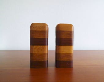 Vintage Salt and Pepper Shakers, Wood Salt and Pepper Shaker, Stripes, Mid Century, Retro, 1970s, 1980s, Vintage Kitchen