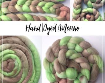 MINT LATTE - Hand dyed beautiful Merino wool tops/roving - 100 grams
