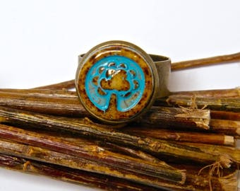 "Rustic ring, Adjustable ring, brass, glass cabochon Czech, Brown, blue ""My fun creations"""