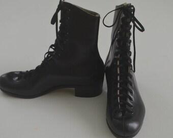 Vintage Riedell Black skate shoe ankle boots - Size 5