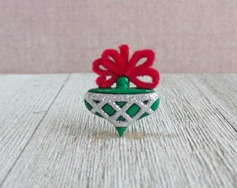 Christmas Ornament - Christmas Tree Ornament - Red and Green Ornament- Lapel Pin