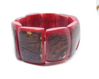 Vintage Red Stretch Resin Bracelet Faux Wood Overlay Expansion Bracelet