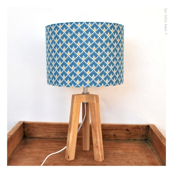 BERGEN tripod lamp