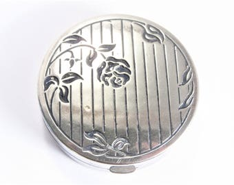Art Deco Powder Compact Rose Flower Dated 1923