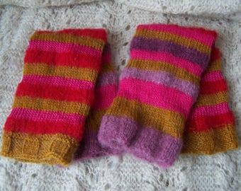 Multicoloured knitted legwarmers/loose sleeves