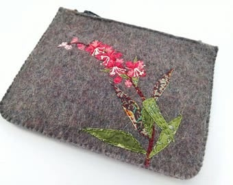 Zipped purse, coin purse, felt purse, small zipped purse, wildflowers , money wallet, embroidered purse, gift for her, birthday gift, pink